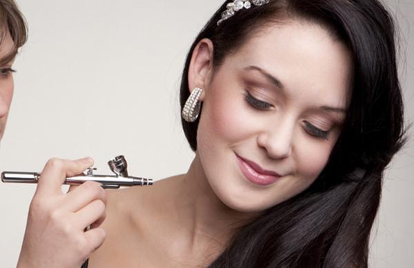 Maquillaje para novias con aerógrafo