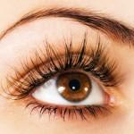 Maquillaje sencillo para ojos marrones