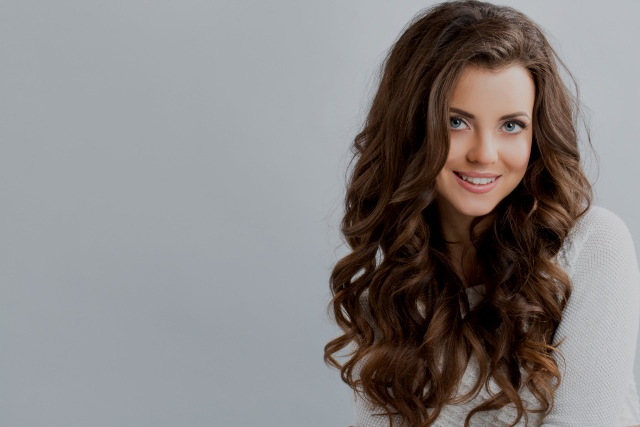 Cortes de cabello largo chino para mujer