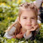 Peinados para niña: Cabello recogido
